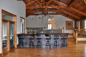 Front view of bar/Fixture